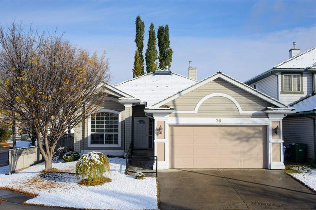 Main Photo: 76 Douglas Glen Heights SE in Calgary: Douglasdale/Glen Detached for sale : MLS®# A1042549