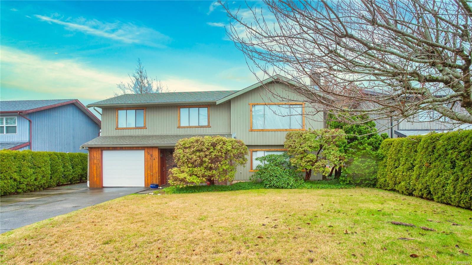 Main Photo: 554 S Birch St in : CR Campbell River Central House for sale (Campbell River)  : MLS®# 862293