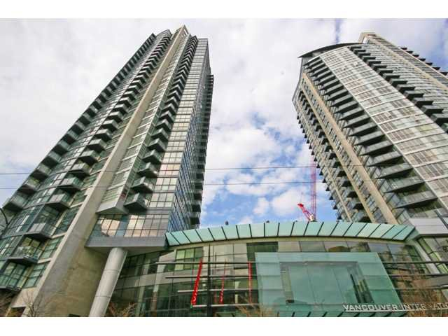 "Main Photo: 1402 1199 SEYMOUR Street in Vancouver: Downtown VW Condo for sale in ""BRAVA"" (Vancouver West)  : MLS®# V877625"
