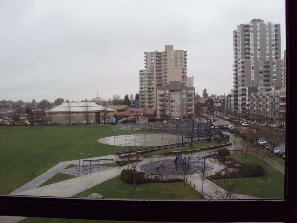 """Photo 2: Photos: 503 3520 Crowley Drive in Vancouver: Collingwood VE Condo for sale in """"MILENIO"""" (Vancouver East)  : MLS®# V881903"""