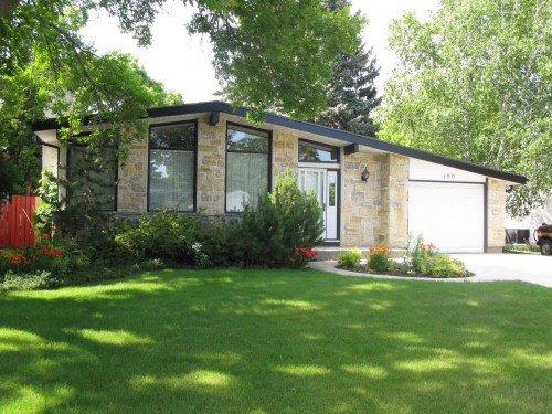 Main Photo: 100 Rochester Avenue in Winnipeg: Fort Garry / Whyte Ridge / St Norbert Single Family Detached for sale (South Winnipeg)  : MLS®# 1218401