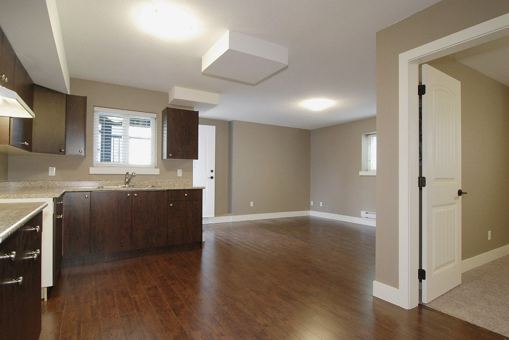 Photo 9: Photos: 21131 77a Ave in Langley: Willoughby Heights House for sale : MLS®# F1202366