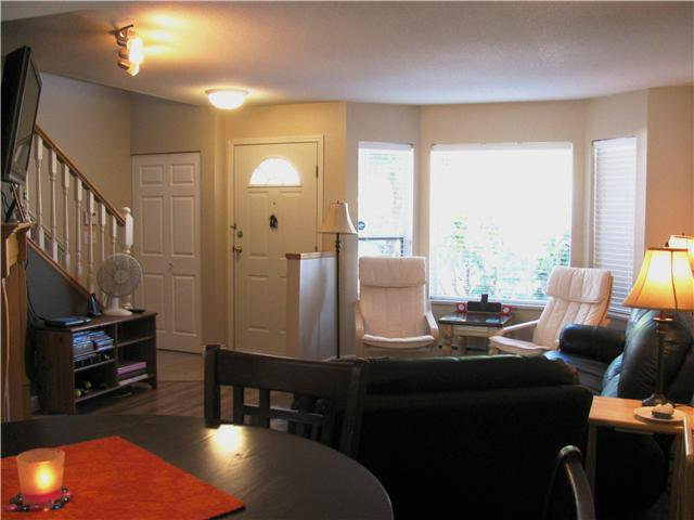 """Main Photo: 61 11588 232ND Street in Maple Ridge: Cottonwood MR Townhouse for sale in """"Cottonwood Village"""" : MLS®# V1036304"""
