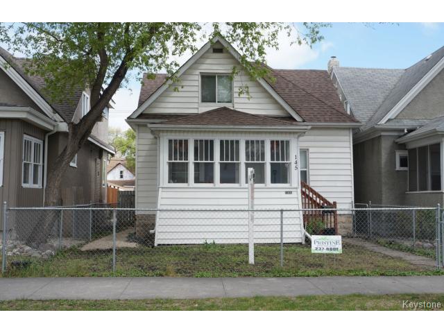Main Photo: 145 Luxton Avenue in WINNIPEG: West Kildonan / Garden City Residential for sale (North West Winnipeg)  : MLS®# 1510740