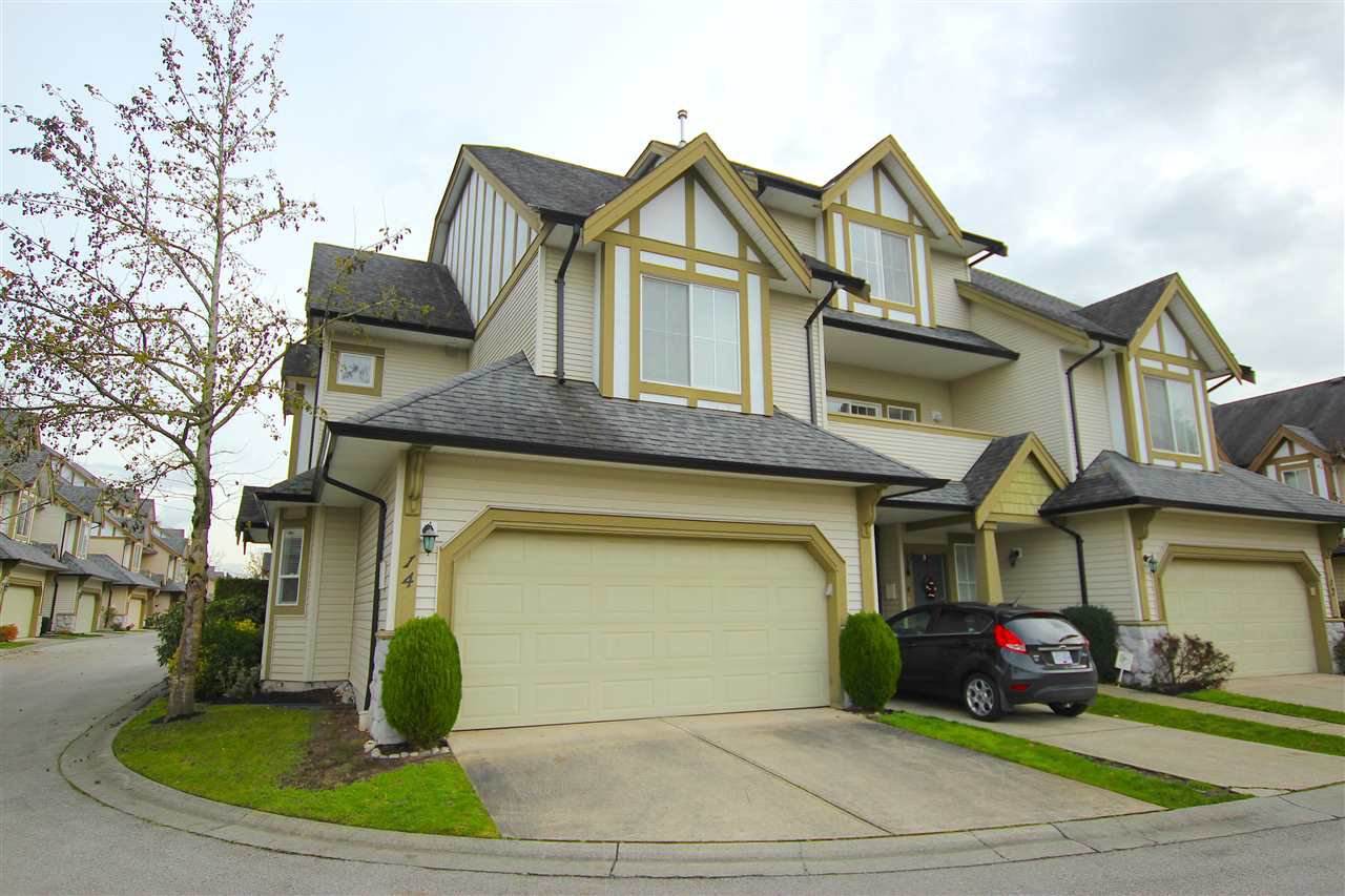 "Main Photo: 14 18707 65 Avenue in Surrey: Cloverdale BC Townhouse for sale in ""LEGENDS"" (Cloverdale)  : MLS®# R2016279"