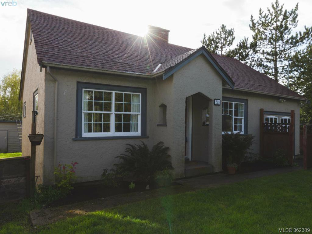 Main Photo: 813 Portage Road in VICTORIA: SW Portage Inlet Single Family Detached for sale (Saanich West)  : MLS®# 362389