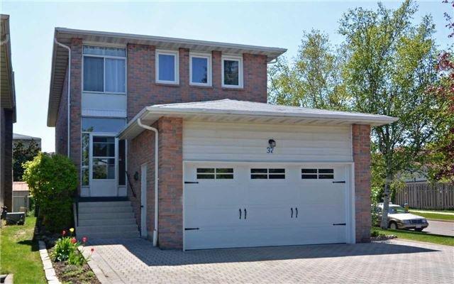 Main Photo: 37 Silbury Drive in Toronto: Agincourt North House (2-Storey) for sale (Toronto E07)  : MLS®# E3497087