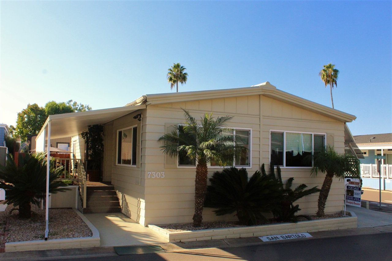 Main Photo: CARLSBAD SOUTH Manufactured Home for sale : 2 bedrooms : 7303 San Bartolo in Carlsbad