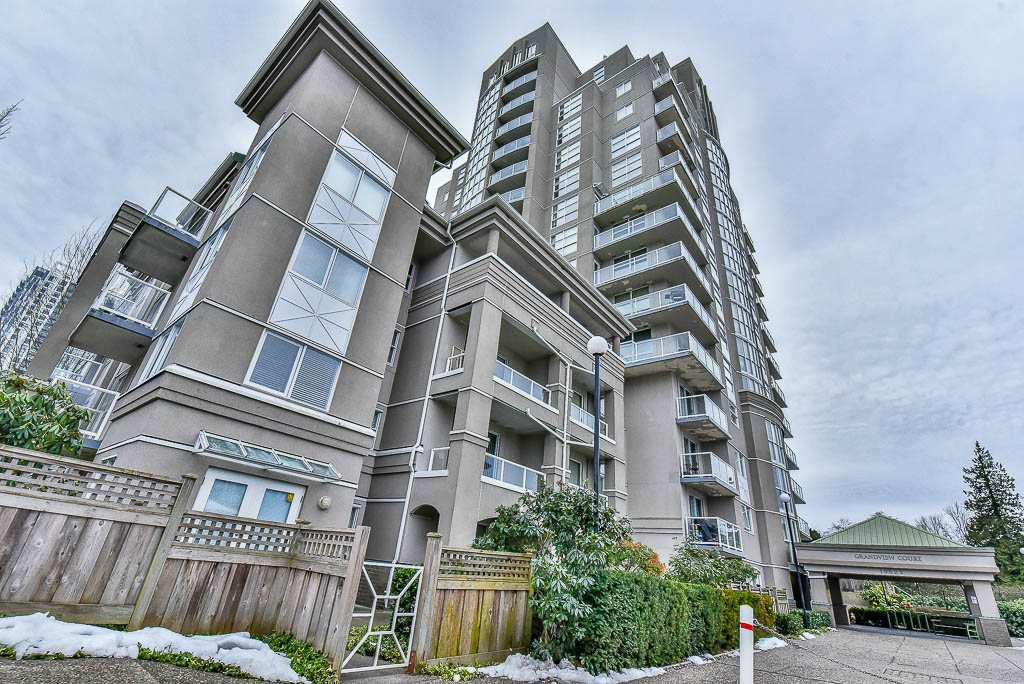 """Main Photo: 306 10523 UNIVERSITY Drive in Surrey: Whalley Condo for sale in """"Grandview Court"""" (North Surrey)  : MLS®# R2131086"""
