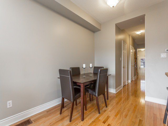 Photo 5: Photos: 202 Tom Taylor Crescent in Newmarket: Summerhill Estates House (2-Storey) for sale : MLS®# N3758004