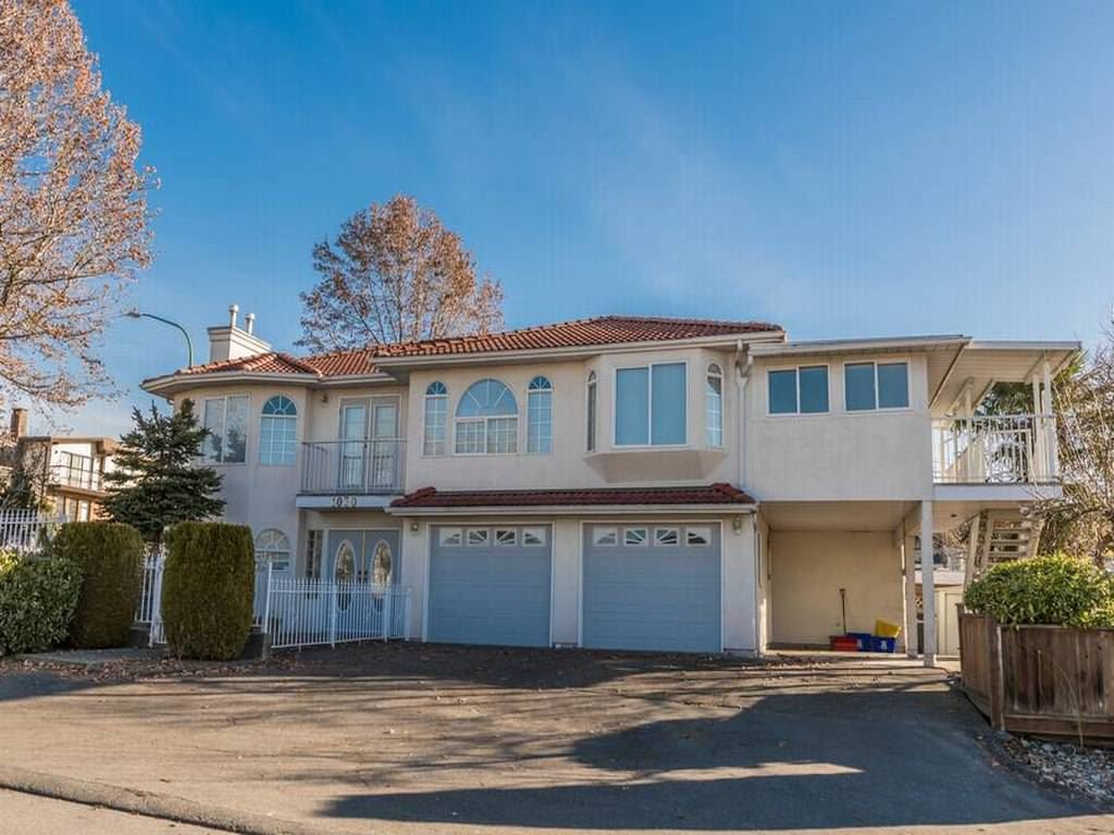Main Photo: 1030 INGLETON AVENUE in Burnaby: Willingdon Heights House for sale (Burnaby North)  : MLS®# R2136623