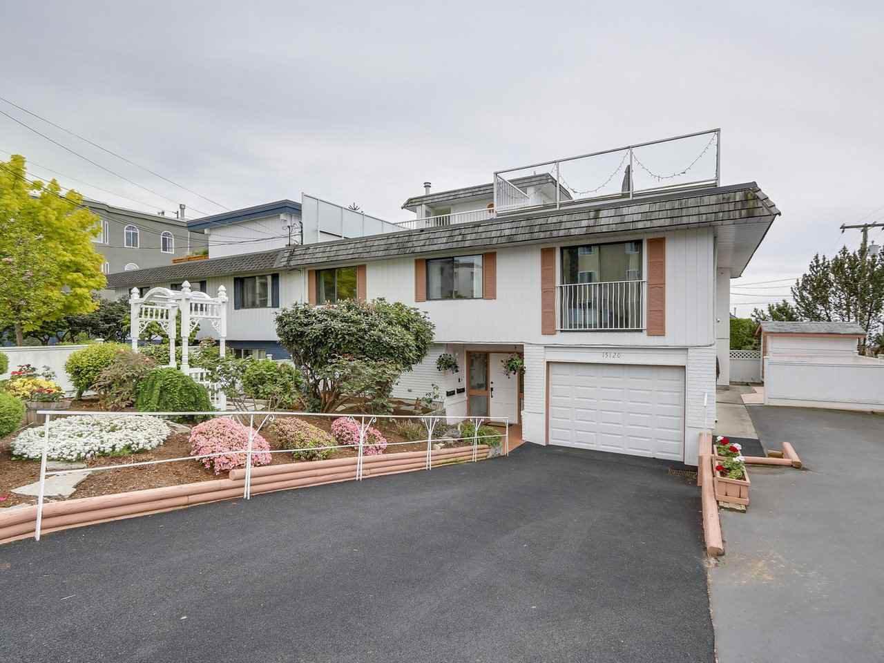 Main Photo: 15120 PROSPECT AVENUE: White Rock House 1/2 Duplex for sale (South Surrey White Rock)  : MLS®# R2165190
