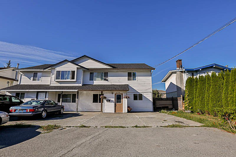 Main Photo: 12143 98 Avenue in Surrey: Cedar Hills 1/2 Duplex for sale (North Surrey)  : MLS®# R2204391