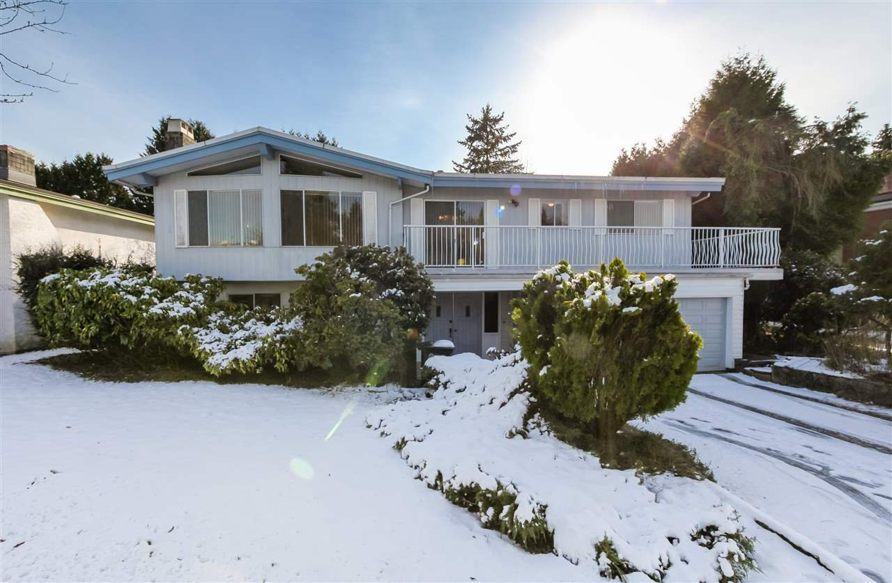 Main Photo: 7550 DORCHESTER Drive in Burnaby: Government Road House for sale (Burnaby North)  : MLS®# R2242148