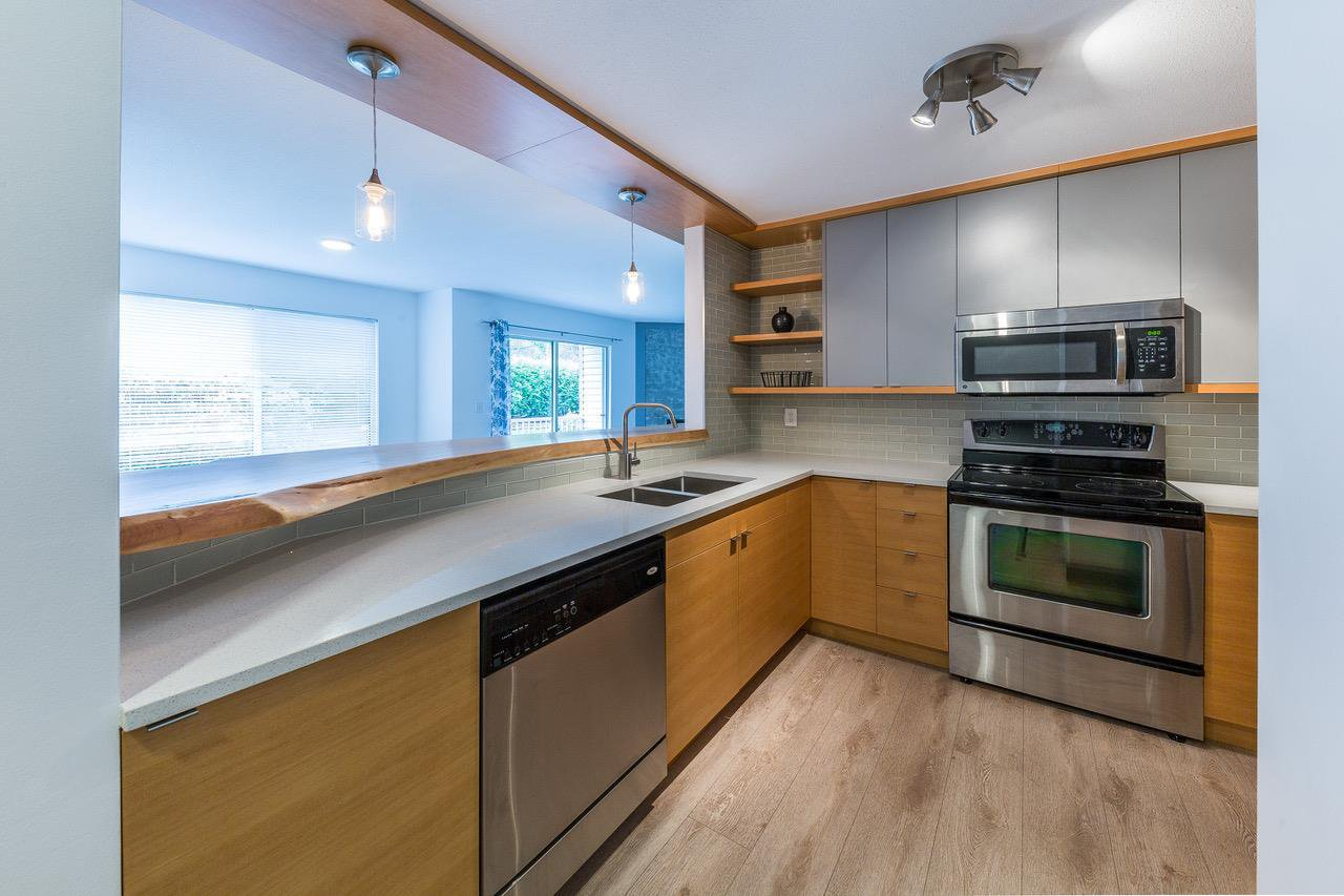 Main Photo: 205 7265 HAIG Street in Mission: Mission BC Condo for sale : MLS®# R2255172