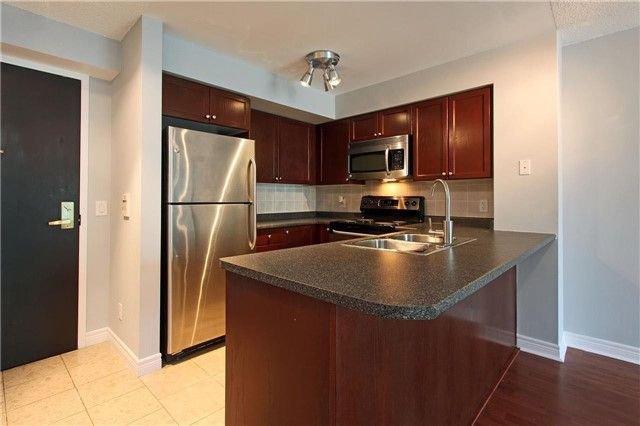 Main Photo: 1106 51 Lower Simcoe Street in Toronto: Waterfront Communities C1 Condo for lease (Toronto C01)  : MLS®# C4145172