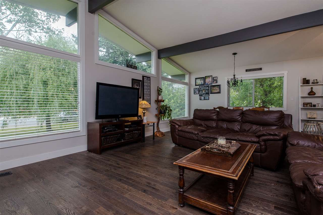 Photo 4: Photos: 7436 MORROW Road: Agassiz House for sale : MLS®# R2319085