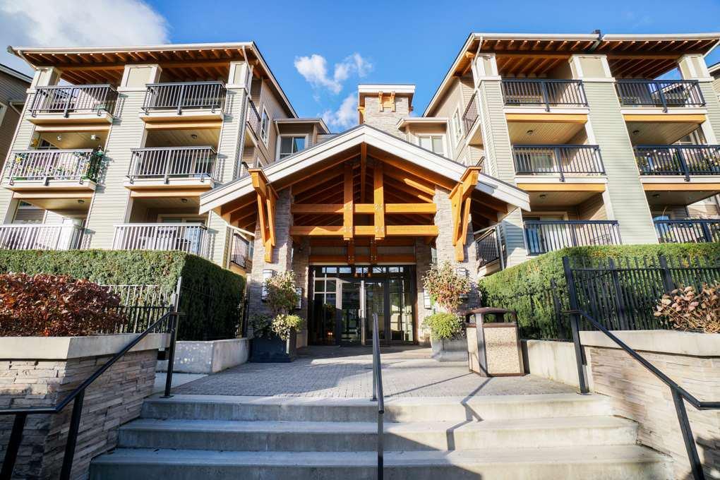 """Main Photo: 204 21009 56 Avenue in Langley: Salmon River Condo for sale in """"CORNERSTONE"""" : MLS®# R2343455"""