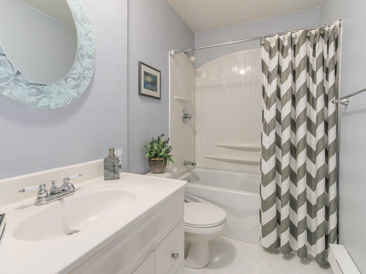 """Photo 11: Photos: 10550 HOLLYMOUNT Drive in Richmond: Steveston North House for sale in """"HOLLIES"""" : MLS®# R2366603"""