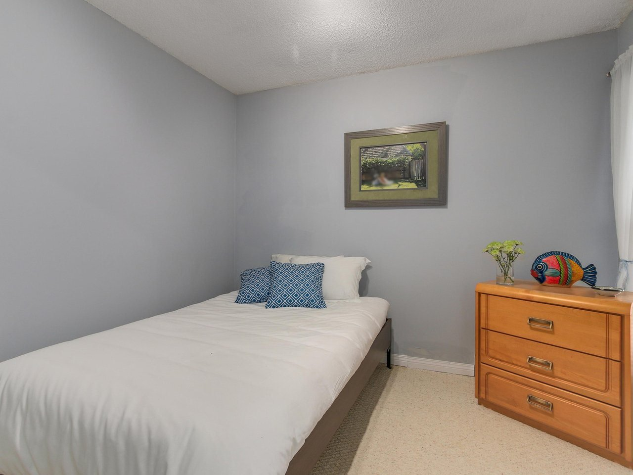 """Photo 12: Photos: 10550 HOLLYMOUNT Drive in Richmond: Steveston North House for sale in """"HOLLIES"""" : MLS®# R2366603"""
