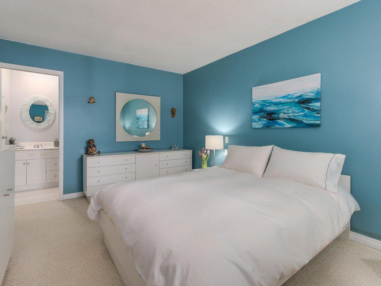"""Photo 10: Photos: 10550 HOLLYMOUNT Drive in Richmond: Steveston North House for sale in """"HOLLIES"""" : MLS®# R2366603"""