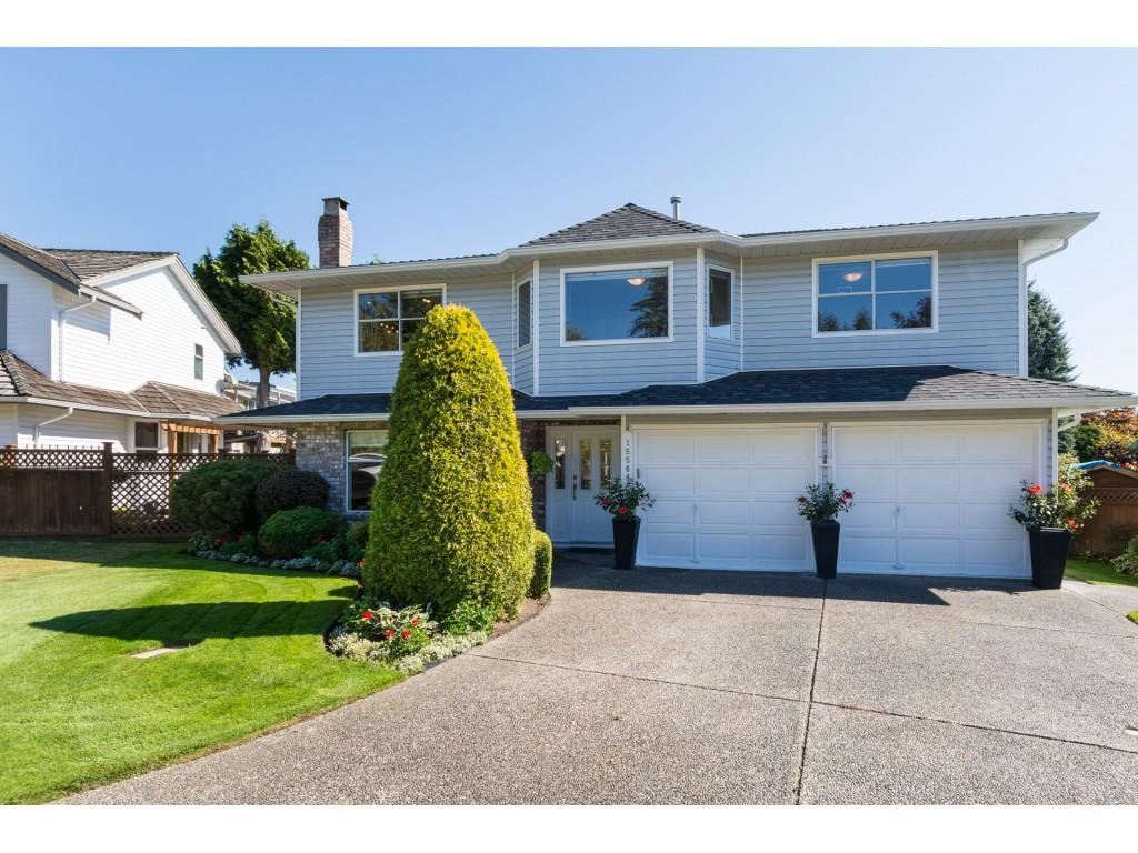 "Main Photo: 15564 VISTA Drive: White Rock House for sale in ""Vista Hills"" (South Surrey White Rock)  : MLS®# R2407067"