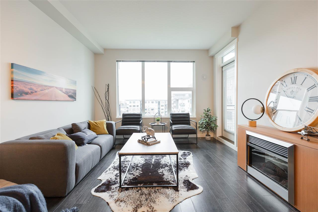 """Main Photo: 513 9388 TOMICKI Avenue in Vancouver: West Cambie Condo for sale in """"Alexandra Court (Dorset)"""" (Richmond)  : MLS®# R2428153"""