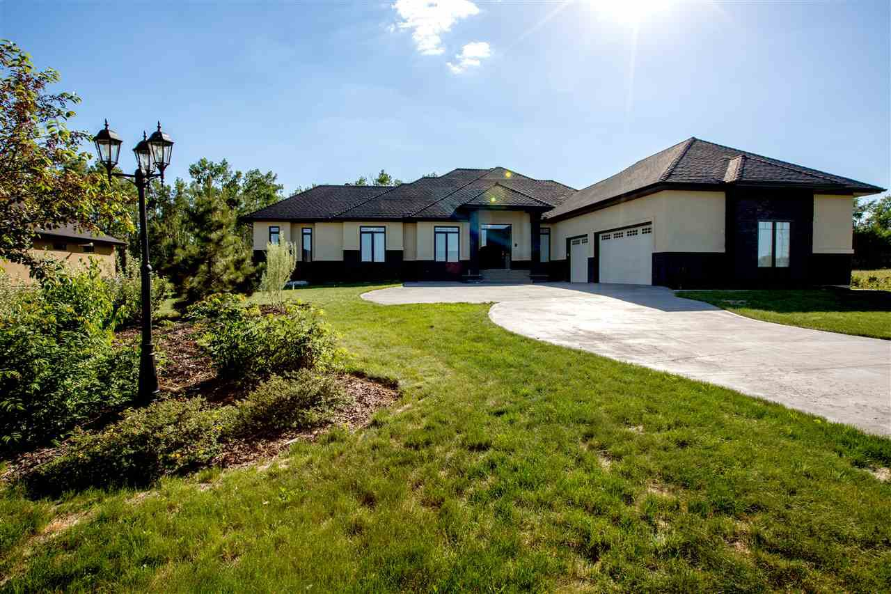 Main Photo: 49 25519 TWP RD 511A Road: Rural Parkland County House for sale : MLS®# E4186954