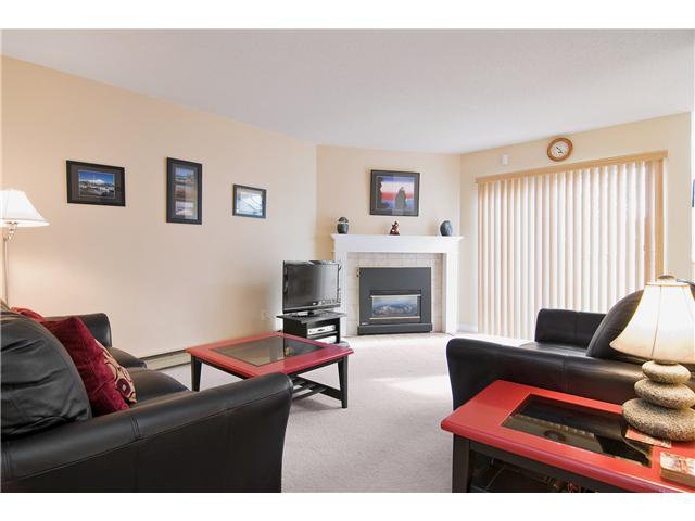 """Main Photo: 48 1235 JOHNSON Street in Coquitlam: Canyon Springs Townhouse for sale in """"CREEKSIDE PLACE"""" : MLS®# V877699"""