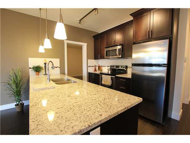 Photo 3: Photos: 101 2330 Shaughnessy Street in Port Coquitlam: Central Coquitlam Condo for sale : MLS®# V932292