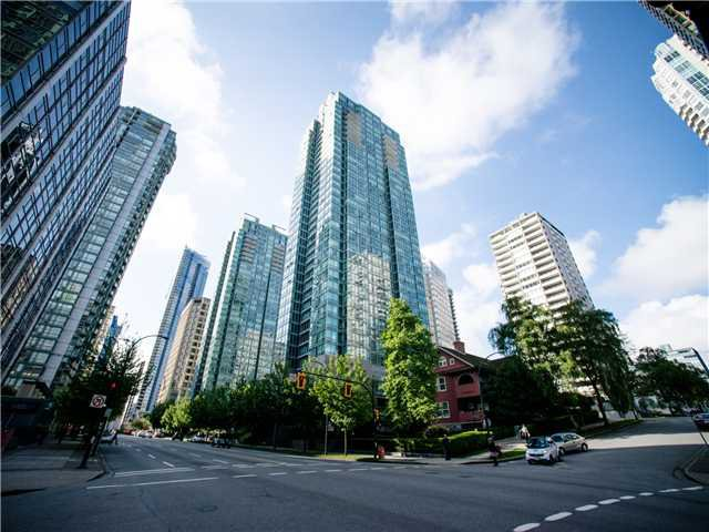 2507-1288 West Georgia. Right in the heart of Downtown Vancouver