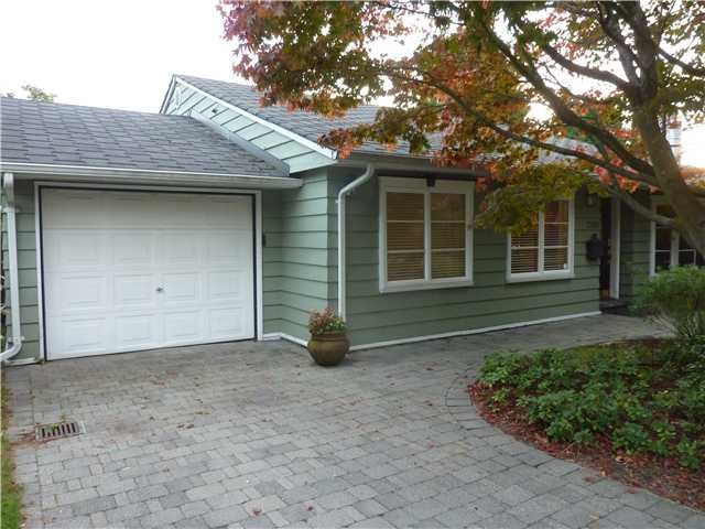Main Photo: 1505 W 15TH Street in North Vancouver: Norgate House for sale : MLS®# V1048022