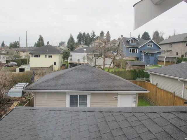Photo 19: Photos: 310 HOLMES Street in New Westminster: The Heights NW House  : MLS®# V1107334