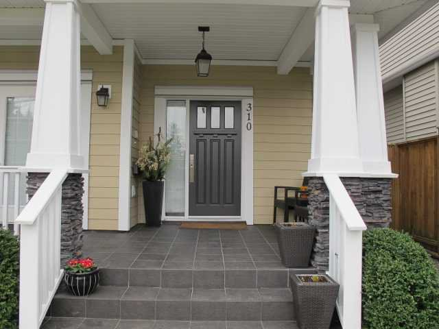 Photo 2: Photos: 310 HOLMES Street in New Westminster: The Heights NW House  : MLS®# V1107334