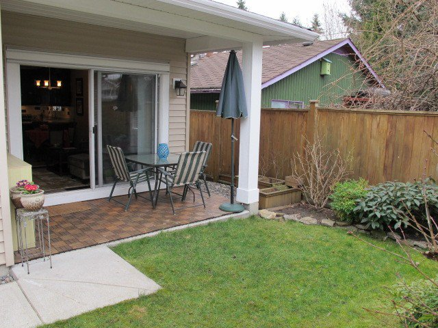 Photo 9: Photos: 310 HOLMES Street in New Westminster: The Heights NW House  : MLS®# V1107334
