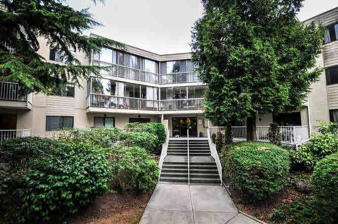 """Main Photo: 206 8040 BLUNDELL Road in Richmond: Garden City Condo for sale in """"BLUNDELL PLACE"""" : MLS®# V1139554"""