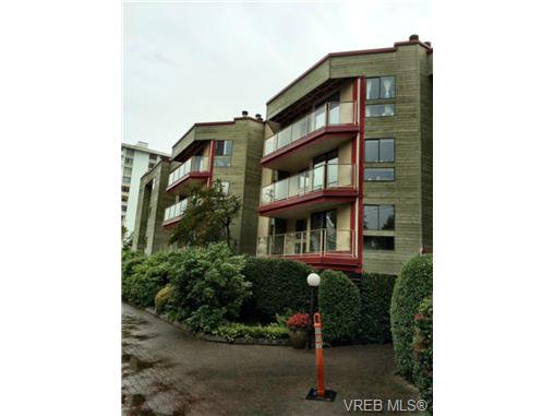 Main Photo: 208 406 Simcoe St in VICTORIA: Vi James Bay Condo Apartment for sale (Victoria)  : MLS®# 711962
