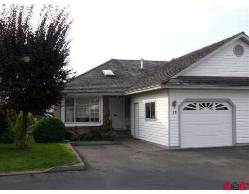 "Main Photo: 33922 KING Road in Abbotsford: Poplar Townhouse for sale in ""Kingsview Estates"" : MLS®# F2622714"