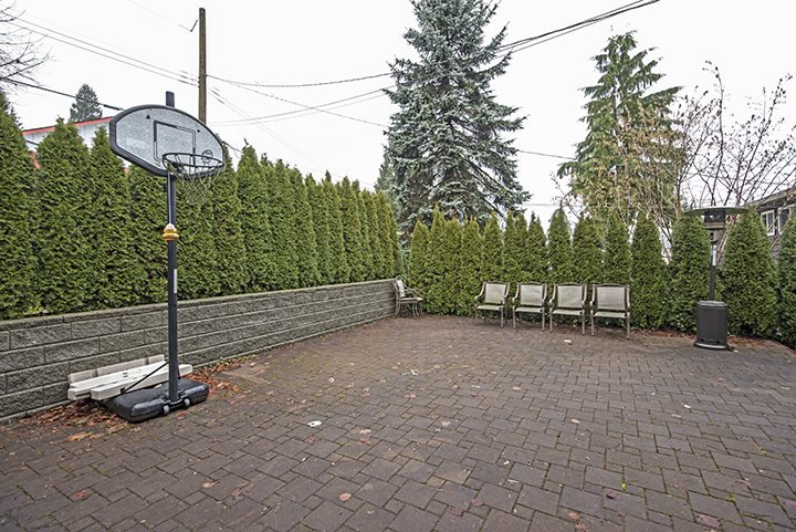 Photo 18: Photos: 3072 STARLIGHT Way in Coquitlam: Ranch Park House for sale : MLS®# R2027616
