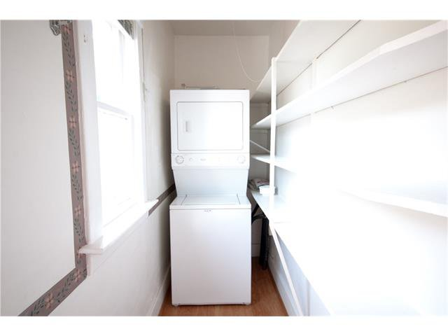 Photo 9: Photos: 929 1 Avenue NW in Calgary: Sunnyside House for sale : MLS®# C4069775