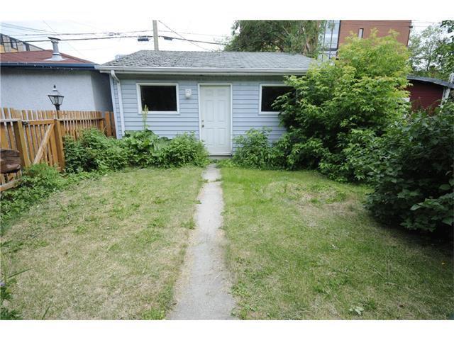 Photo 17: Photos: 929 1 Avenue NW in Calgary: Sunnyside House for sale : MLS®# C4069775