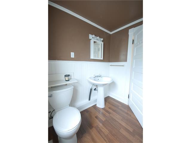 Photo 12: Photos: 929 1 Avenue NW in Calgary: Sunnyside House for sale : MLS®# C4069775