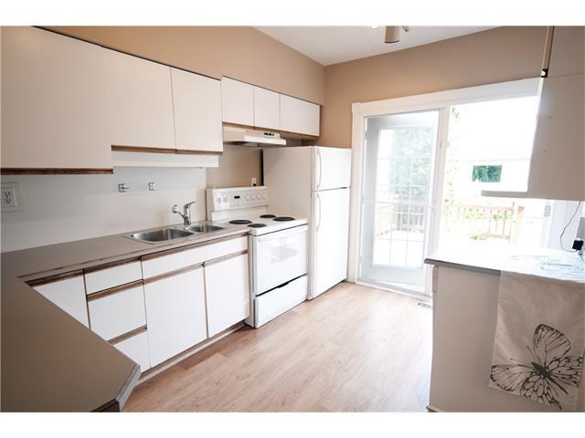 Photo 7: Photos: 929 1 Avenue NW in Calgary: Sunnyside House for sale : MLS®# C4069775
