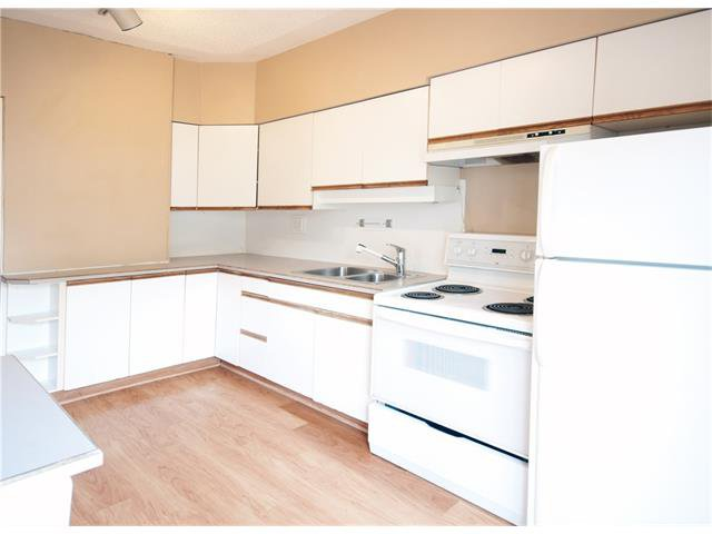 Photo 8: Photos: 929 1 Avenue NW in Calgary: Sunnyside House for sale : MLS®# C4069775