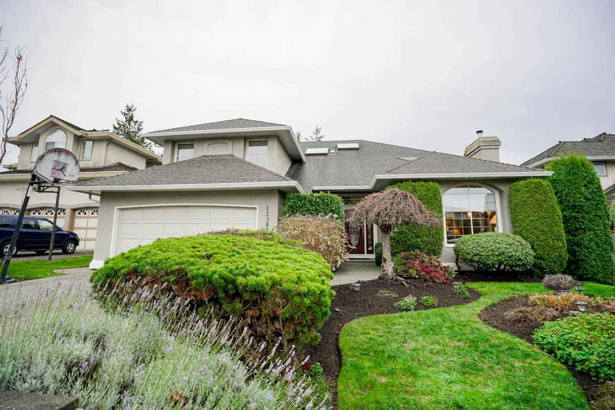 "Main Photo: 12362 63A Avenue in Surrey: Panorama Ridge House for sale in ""Boundary Park"" : MLS®# R2124383"