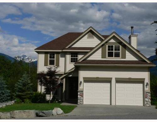 Main Photo: 1741 PINEWOOD Drive in Whistler: Home for sale : MLS®# V748011