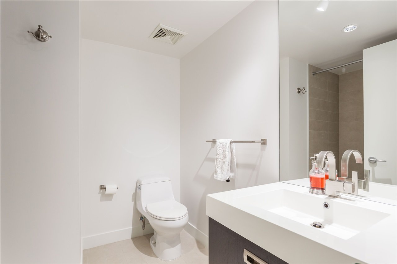 """Photo 10: Photos: 1051 RICHARDS Street in Vancouver: Downtown VW Townhouse for sale in """"DONOVAN"""" (Vancouver West)  : MLS®# R2198101"""