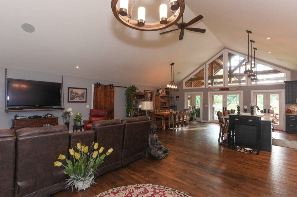 Photo 4: Photos: 24064 55 Avenue in Langley: Salmon River House for sale : MLS®# R2218741