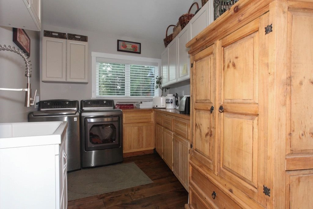 Photo 18: Photos: 24064 55 Avenue in Langley: Salmon River House for sale : MLS®# R2218741