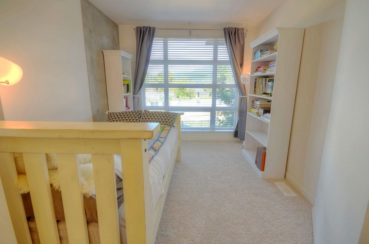 """Photo 13: Photos: 2747 SPRING Street in Port Moody: Port Moody Centre Townhouse for sale in """"THE STATION"""" : MLS®# R2310089"""